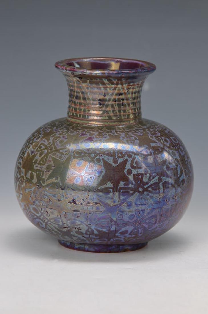 vase, Faiencerie du Mont-Chevalier