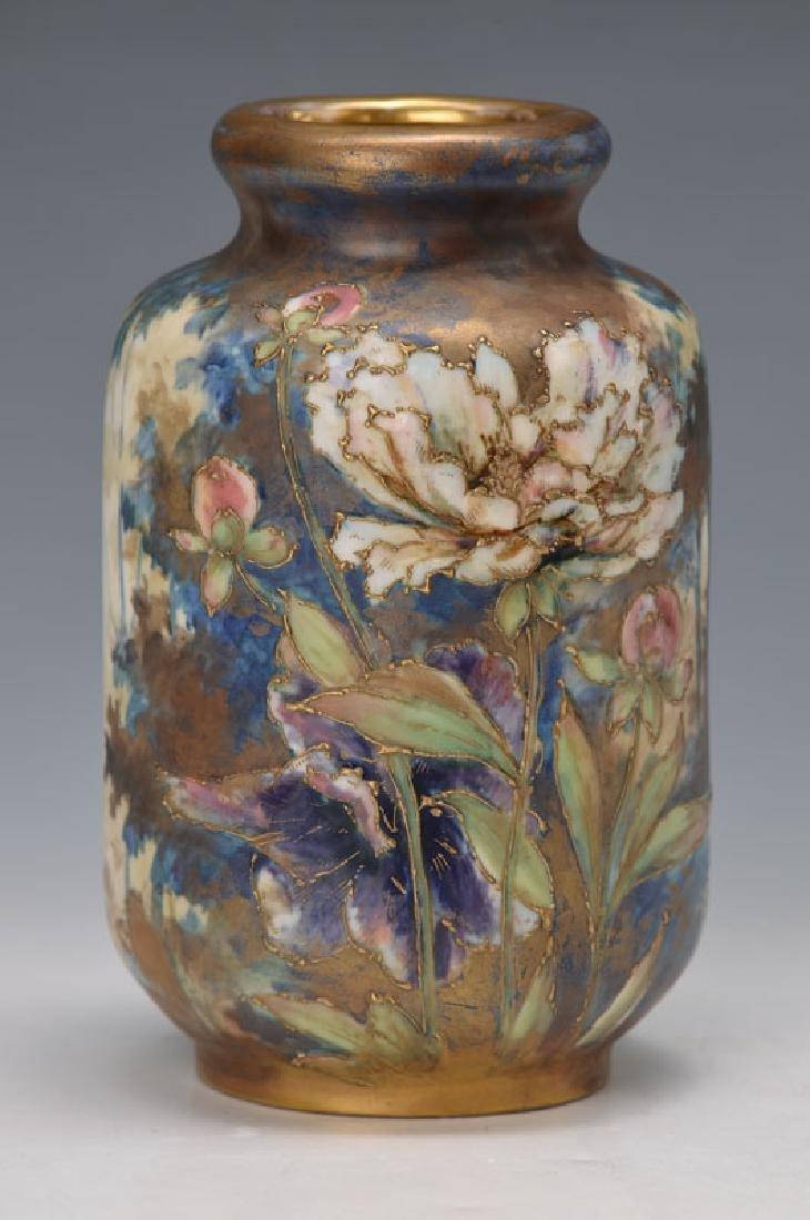 Porcelain vase, Amphora