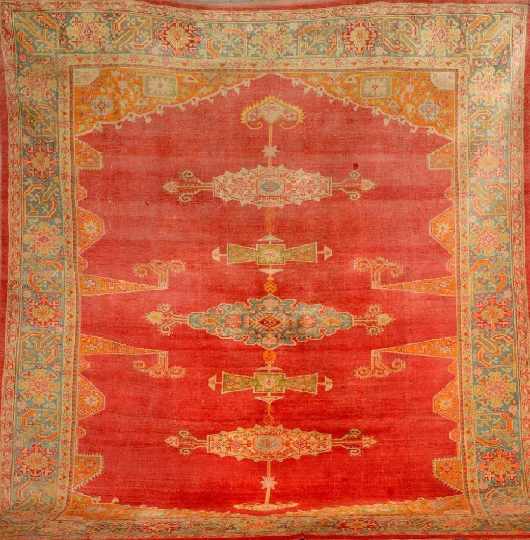 Oushak Carpet,
