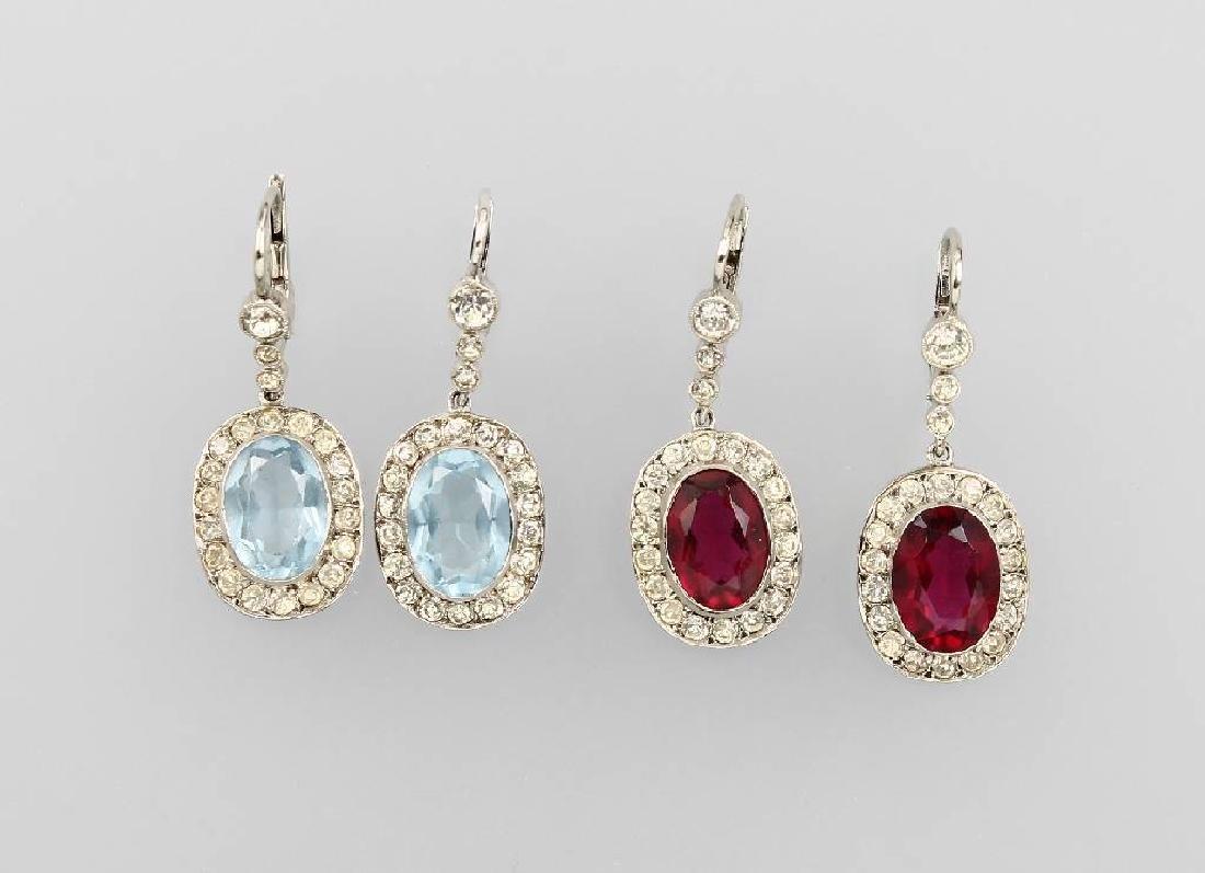 Lot 2 pair of earrings with rhine stones