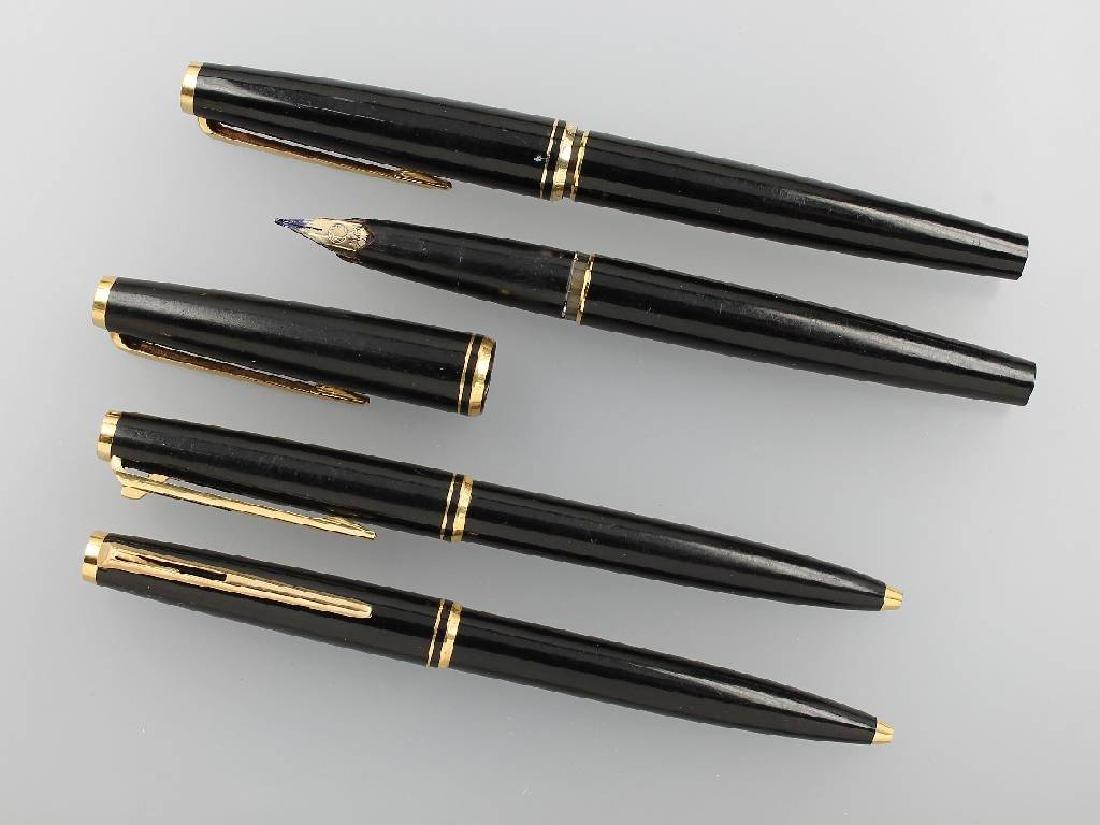 Lot 2 MONTBLANC pen sets