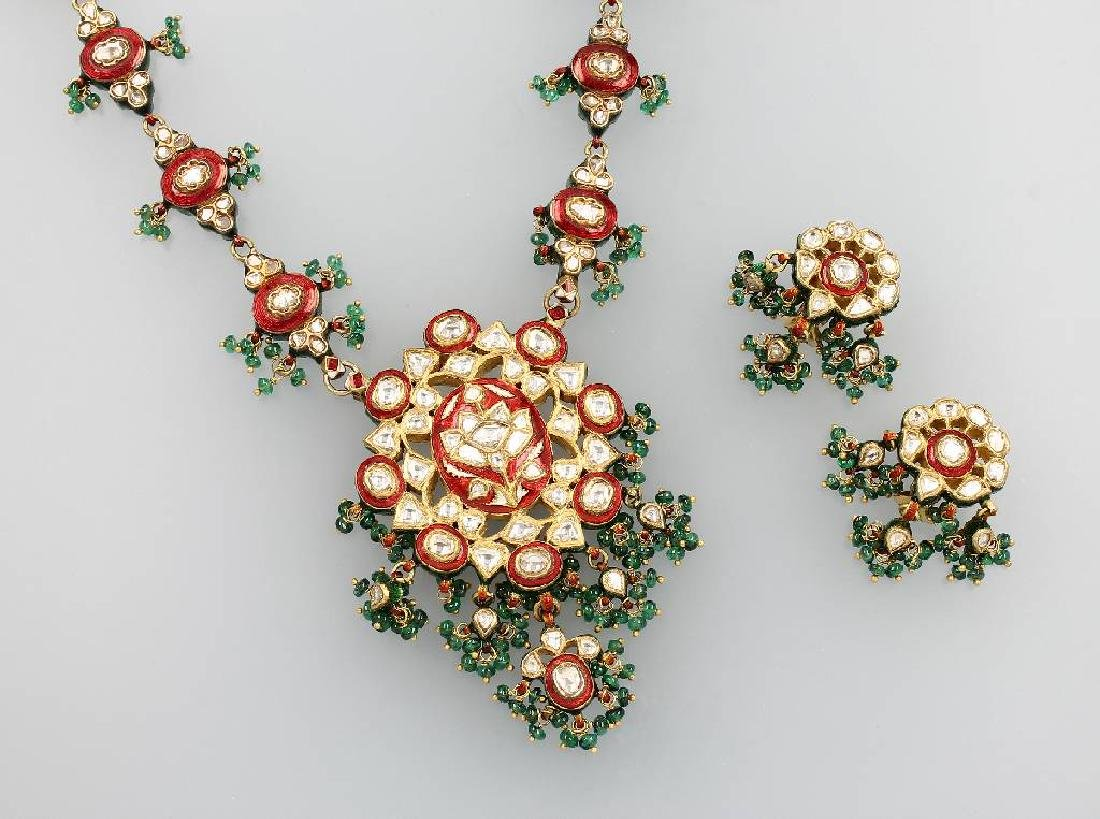 22 kt gold jewelry set with diamond roses and enamel