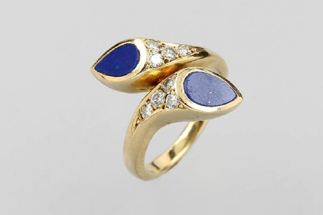 18 kt gold ring with lapis lazuli and brilliants