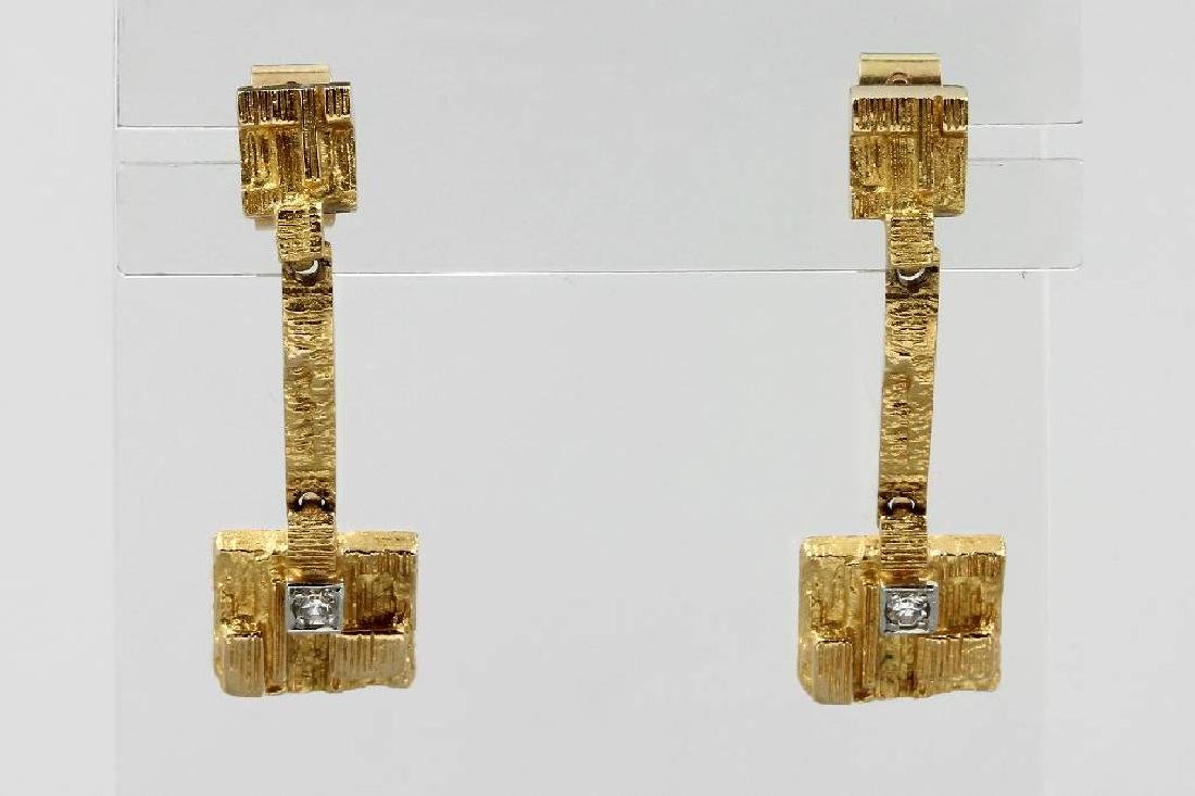 Pair of 18 kt gold earrings LAPPONIA with diamonds