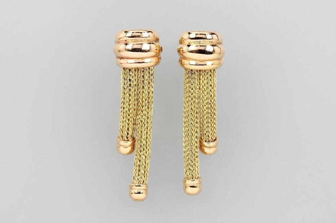 18 kt gold earrings