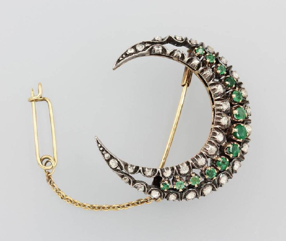 14 kt gold brooch 'moon' with emeralds and diamonds