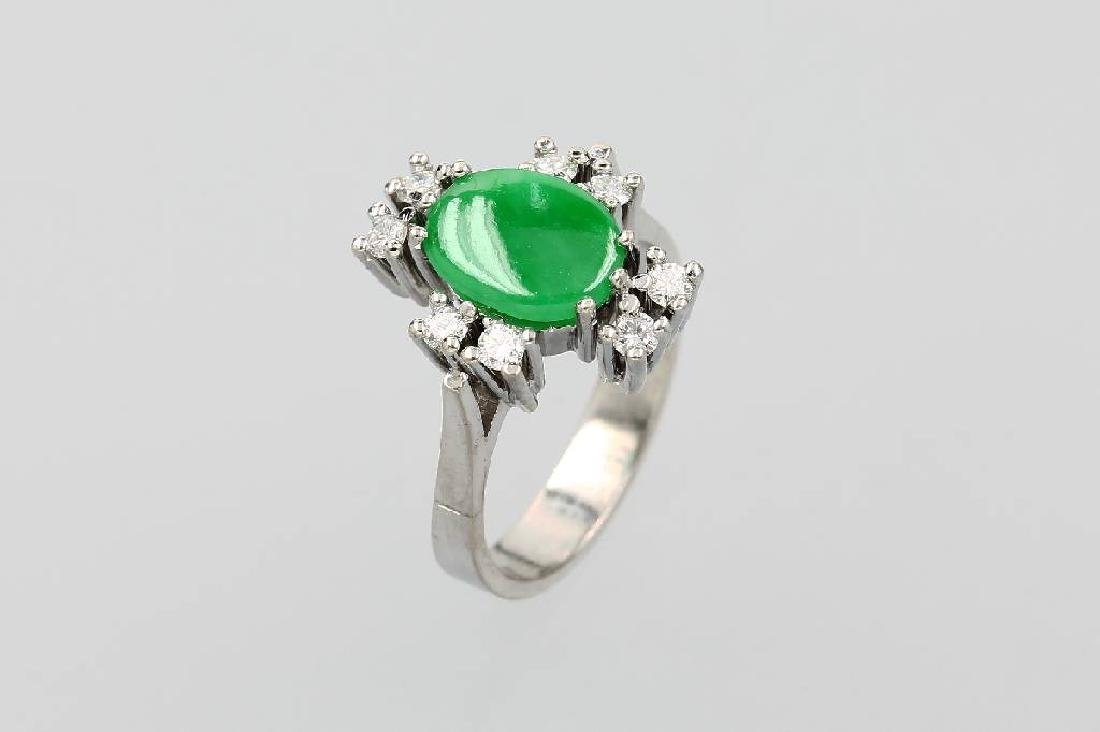 14 kt gold ring with jade and brilliants