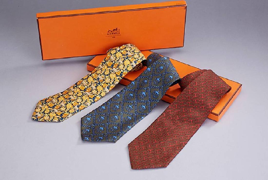 Lot 3 HERMES ties