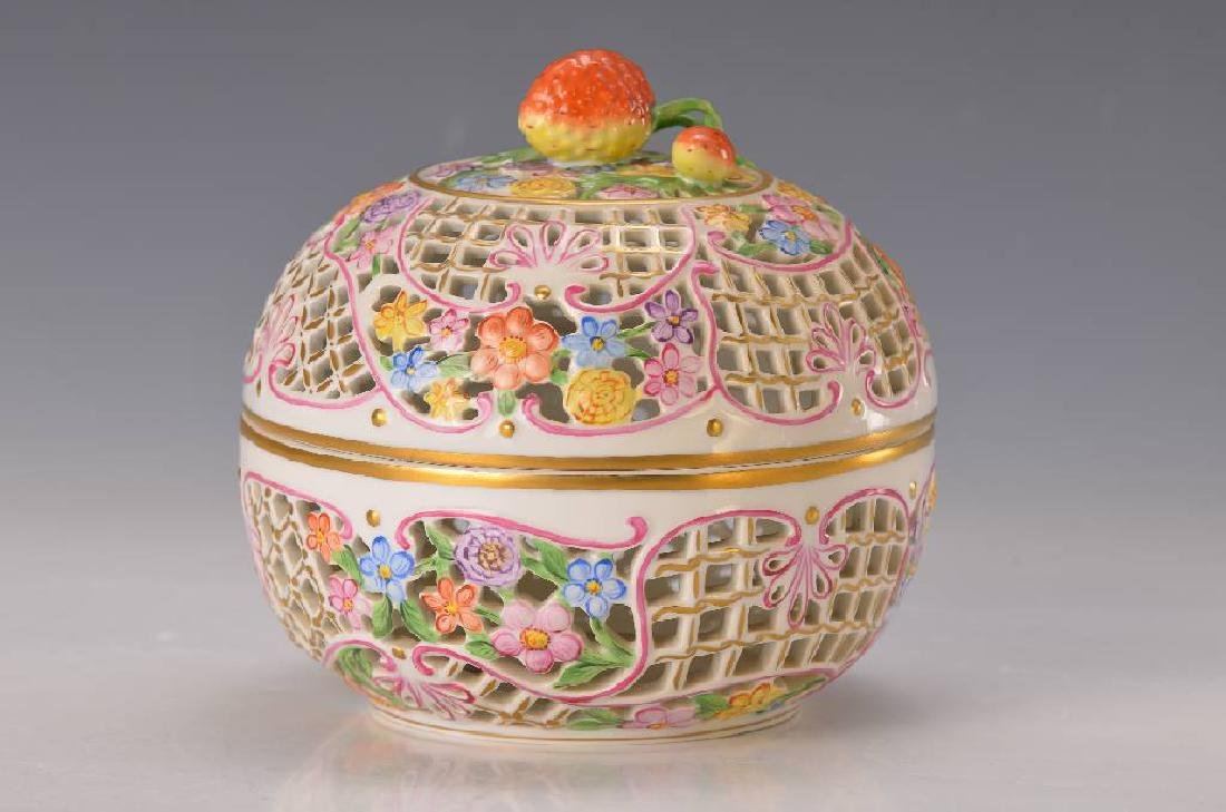 Large lidded box
