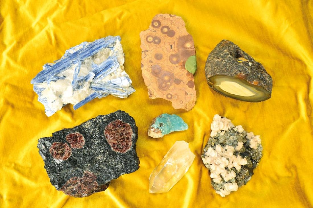 extensive Minerals collection