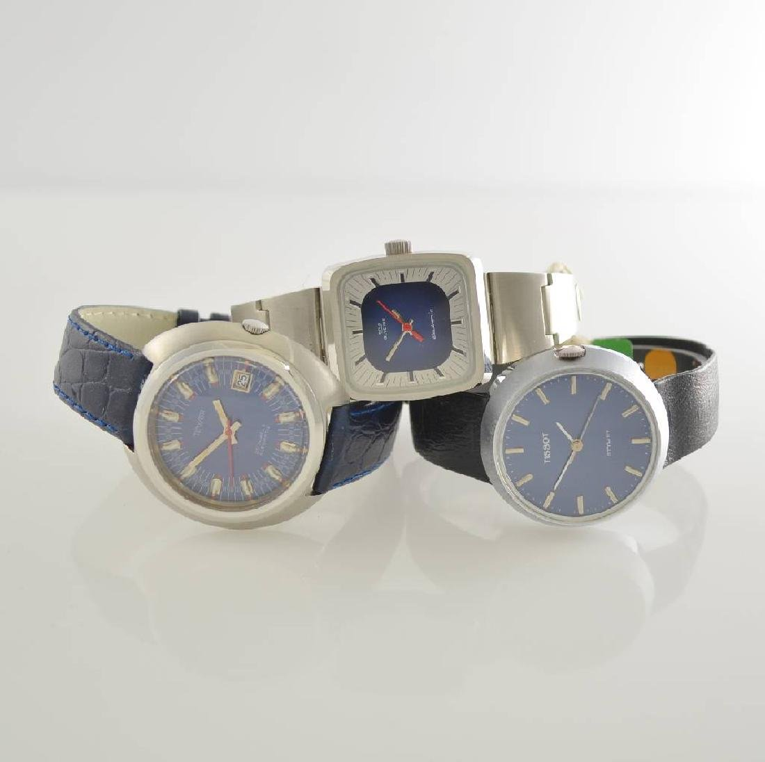 Set of 3 wristwatches in stainless steel