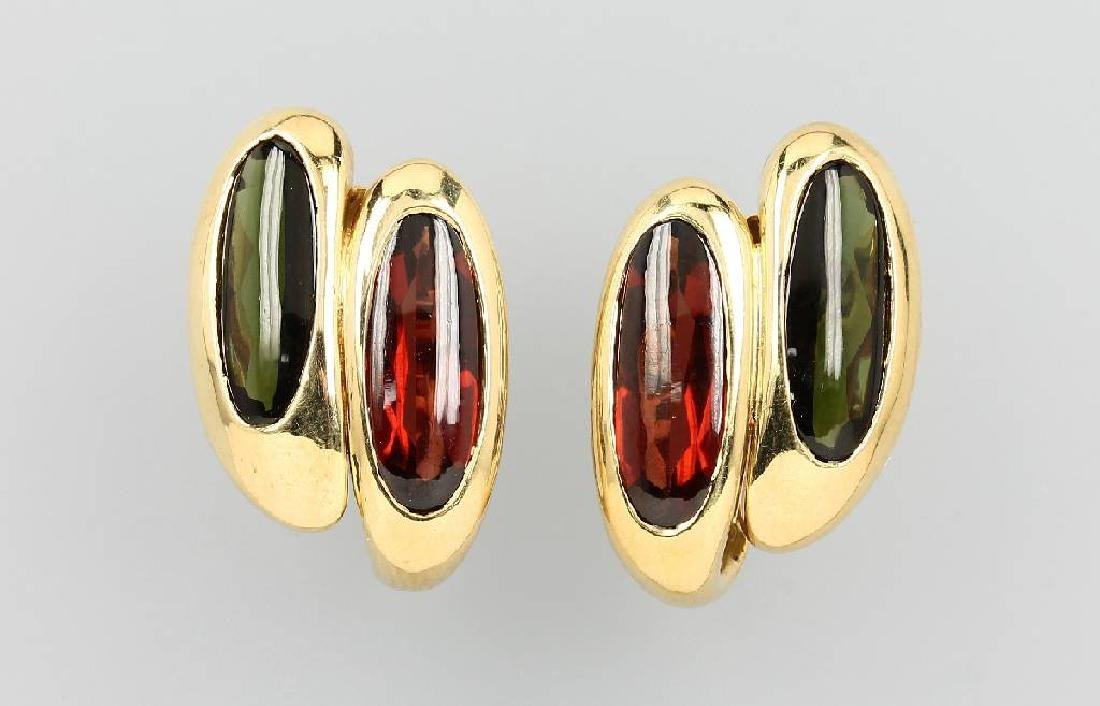 Pair of 18 kt gold earclips with tourmalines and