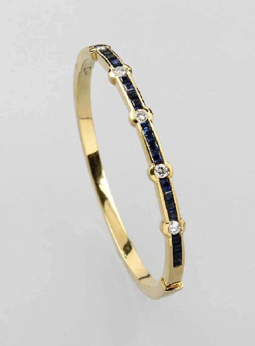 18 kt gold bangle with sapphires and brilliants