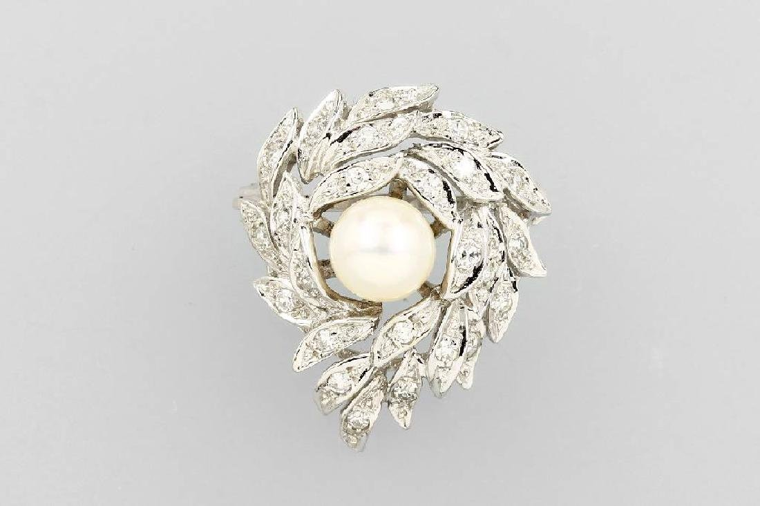 14 kt gold brooch with cultured pearl and diamonds