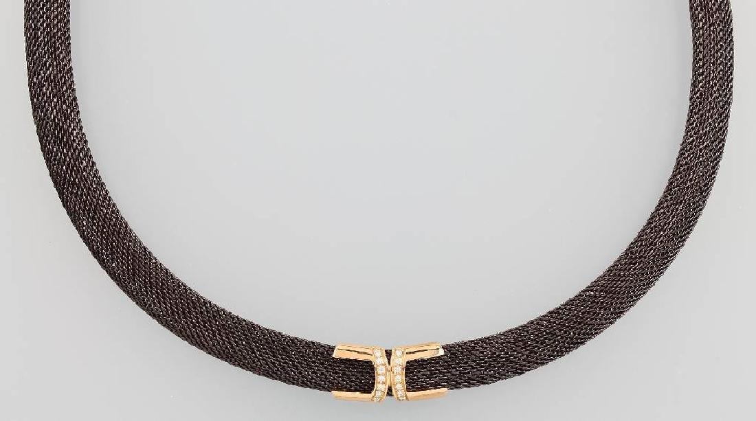18 kt gold CEDE necklace with brilliants