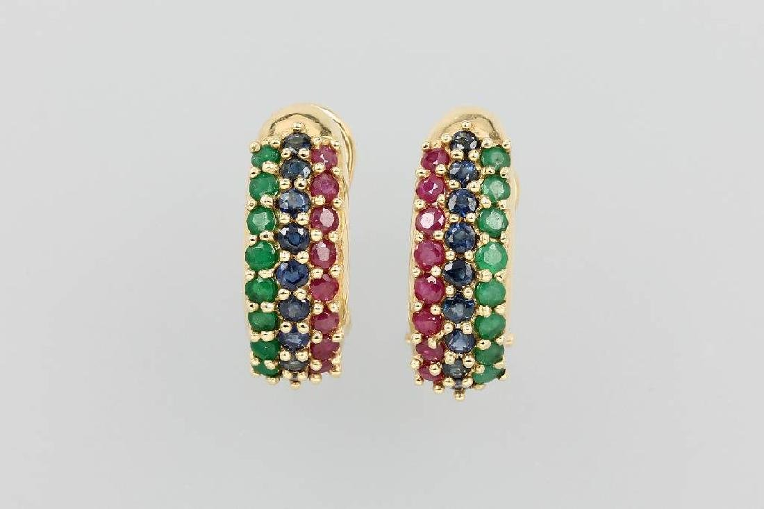 Pair of 14 kt gold earrings with coloured stones