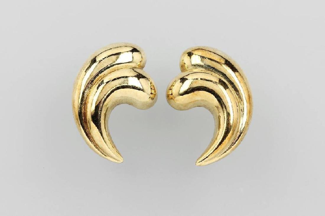 Pair of 14 kt gold earrings 'waves'