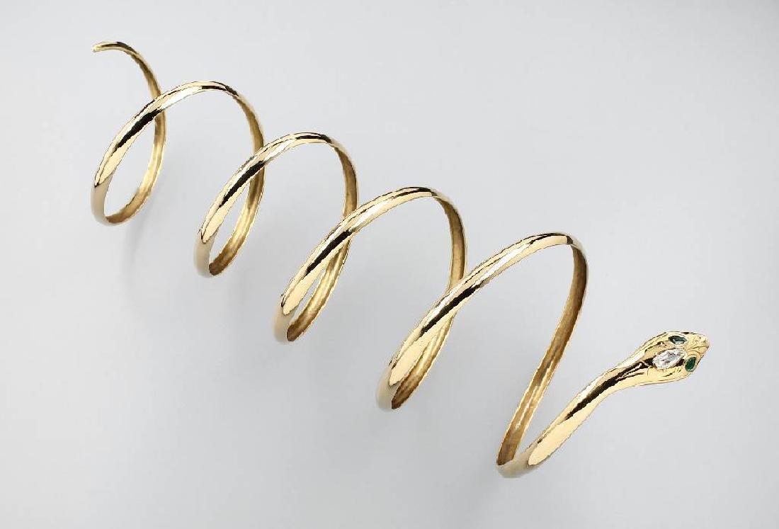 Extraordinary 18 kt gold snake bracelet with diamond