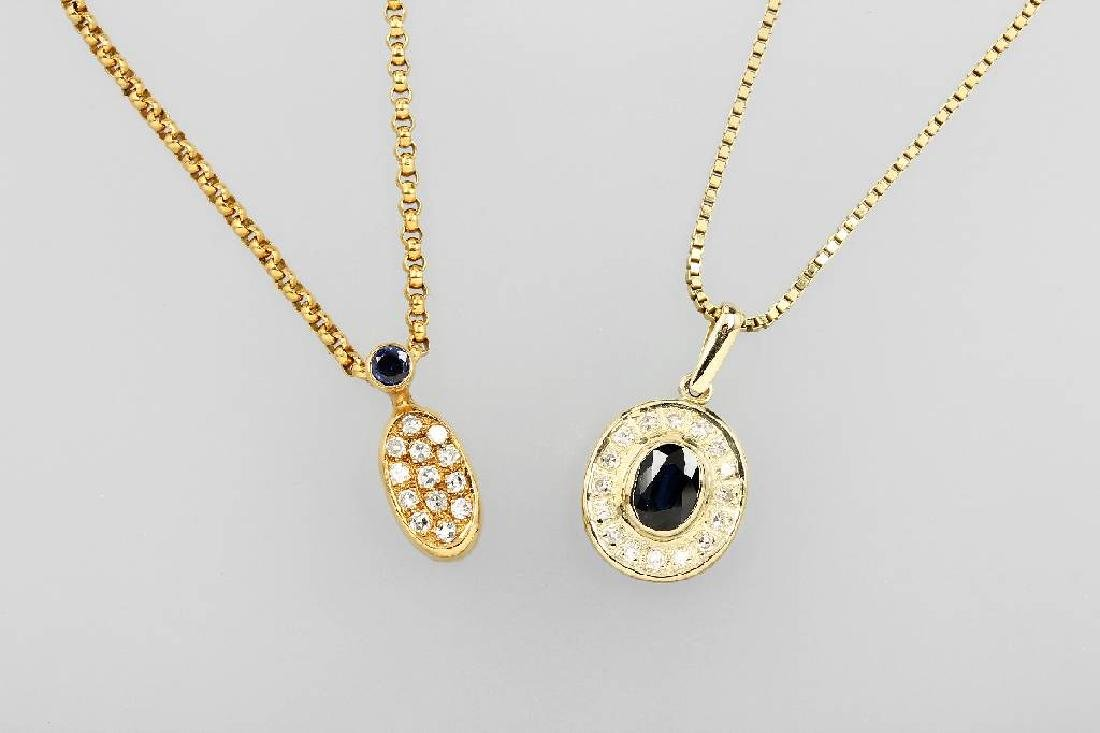 Lot 2 pendants with sapphires and diamonds
