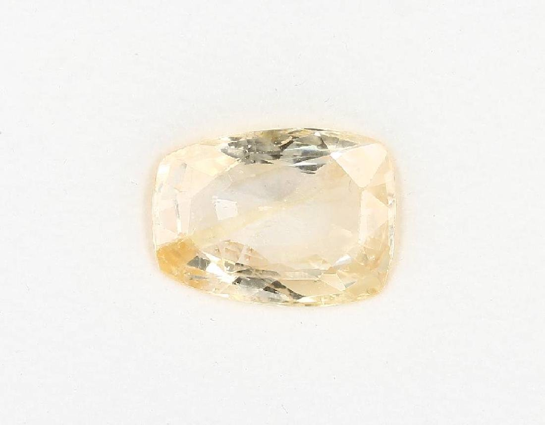 Loose bevelled yellow sapphire, 9.93 ct