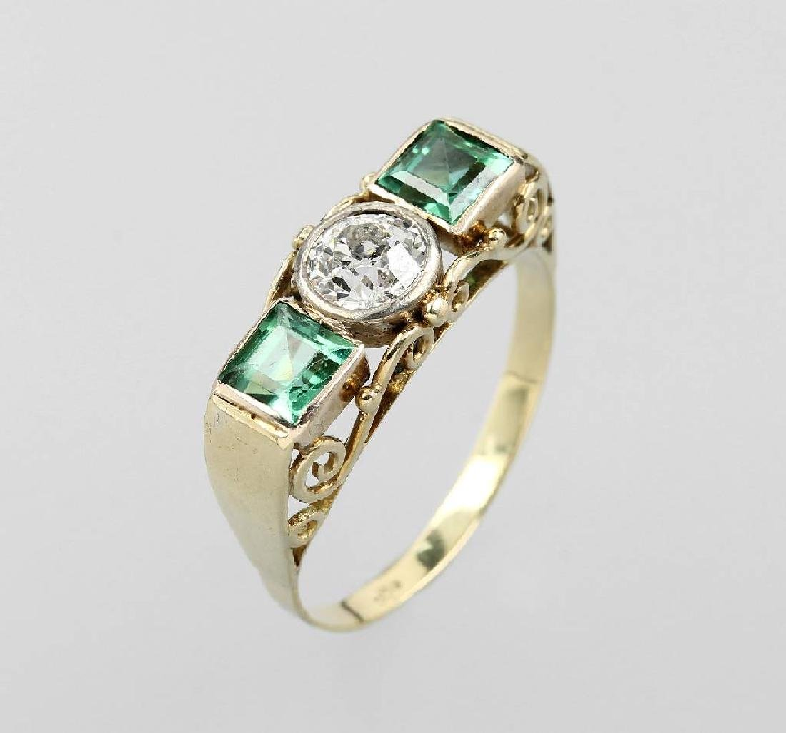 14 kt gold ring with tourmalines and diamond