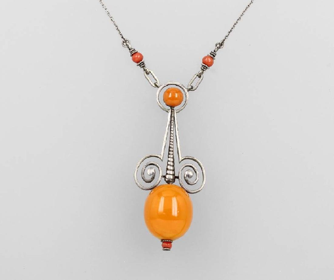 Art Nouveau-Necklace with amber, german approx. 1902/04