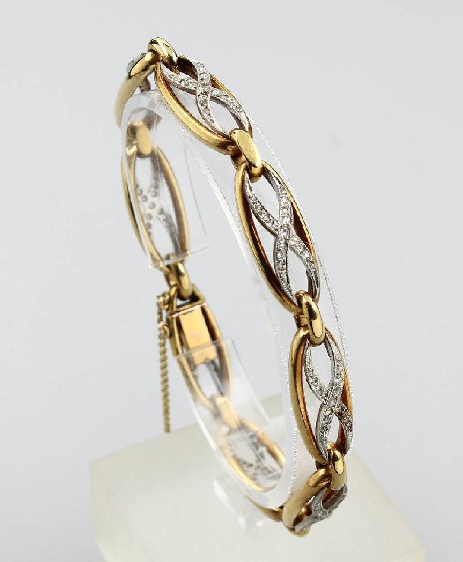 18 kt gold bracelet with diamonds