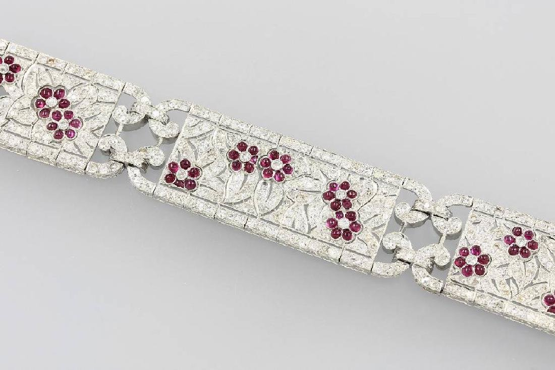 Platinum Art-Deco-bracelet with diamonds and rubies