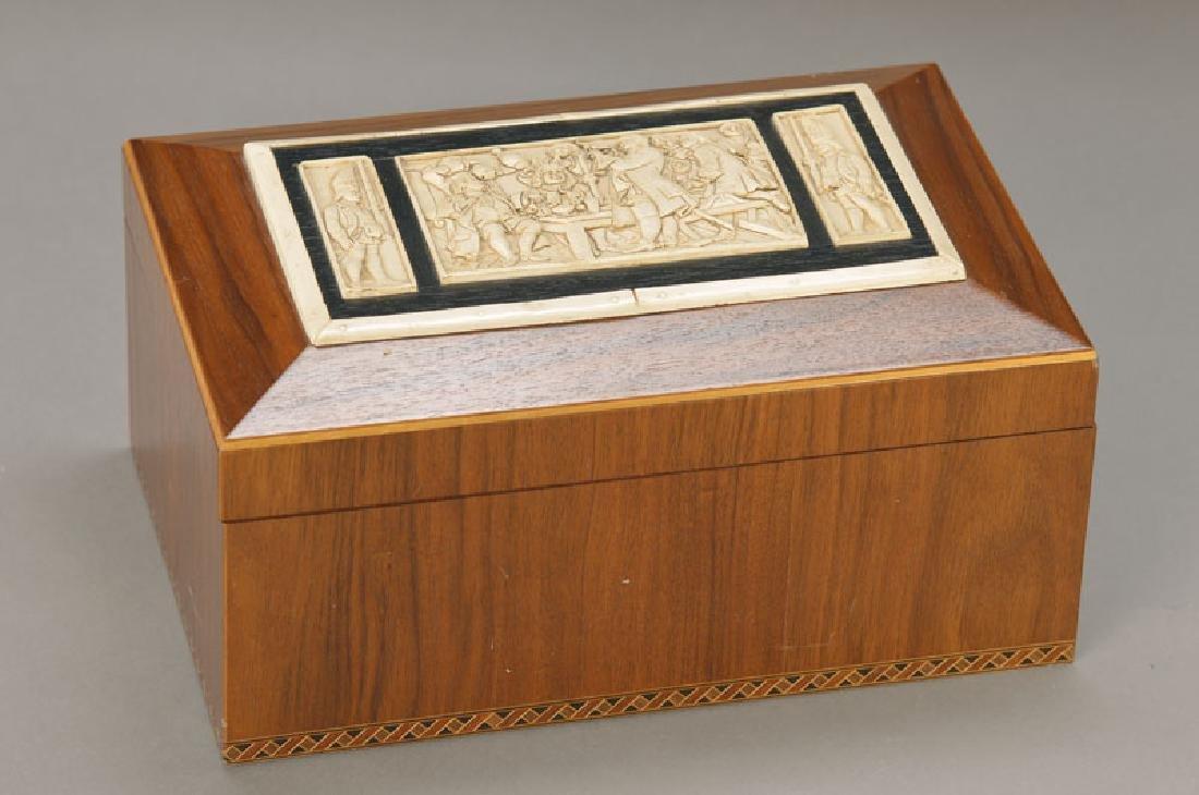 Humidor/ cigar box