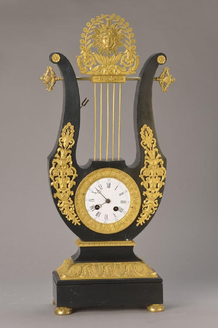 Lyra-clock