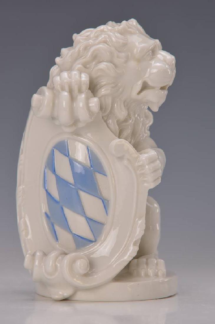Bavarian coat