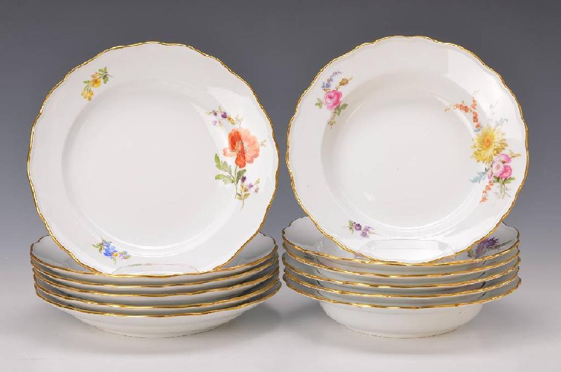 soup plates and flat plates