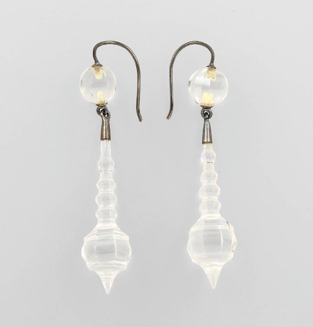 Pair of earrings with rock crystal