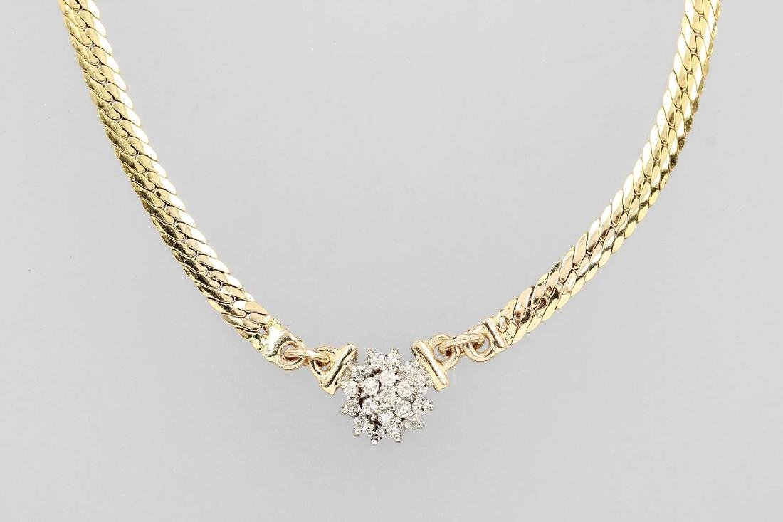 14 kt gold necklace with diamonds
