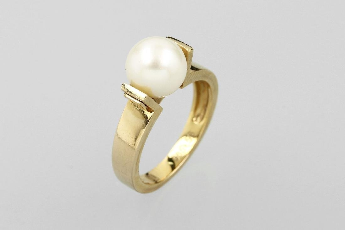 14 kt gold ring with cultured pearl and brilliants