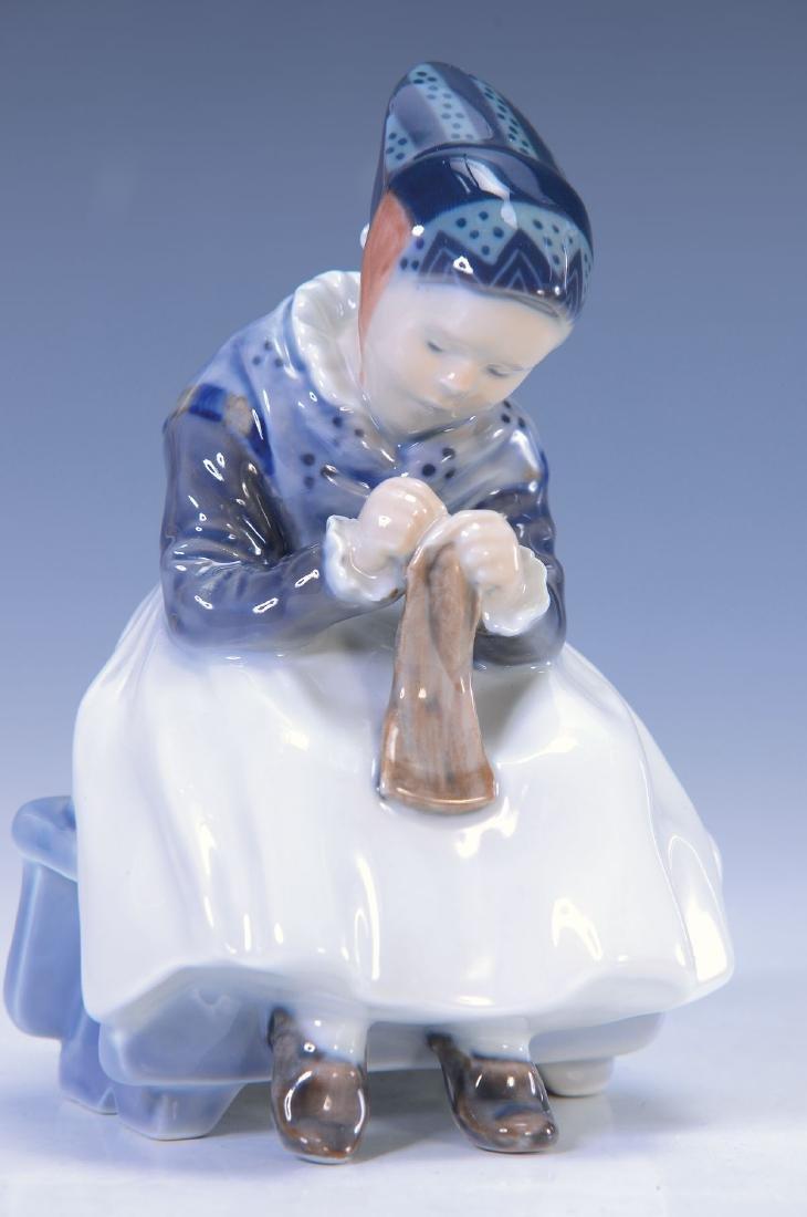 figurine knitting girl, Copenhagen , designed by 1911