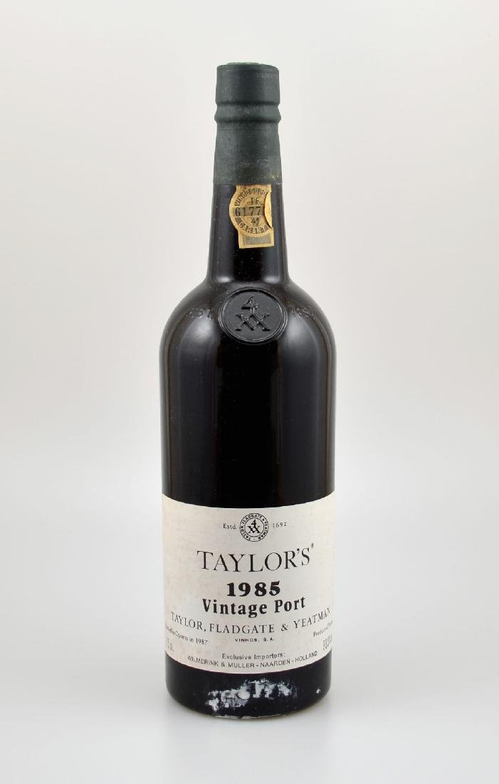 12 bottles of 1985 Taylor's Vintage Port, eachapprox 75