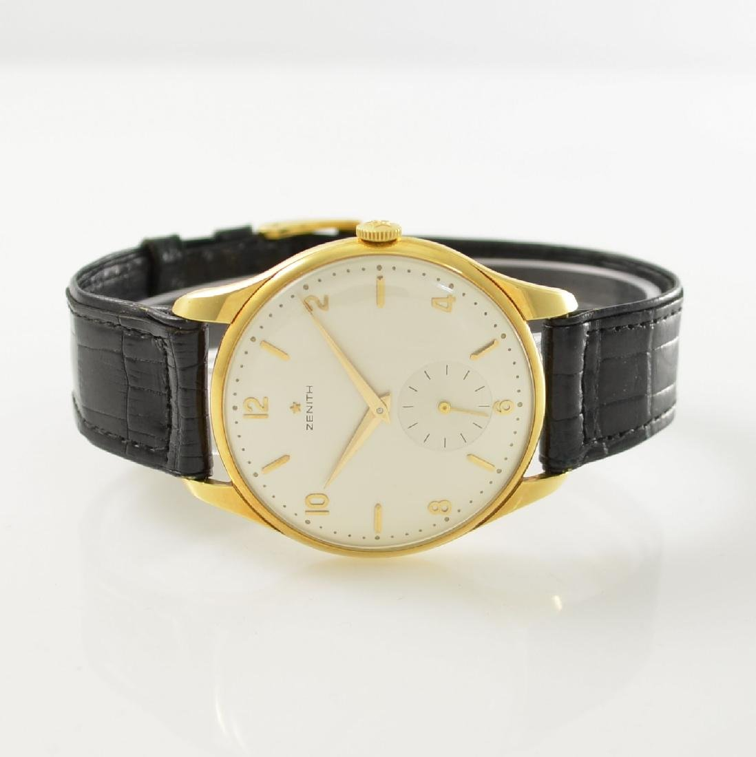 ZENITH oversized 18k yellow gold gents wristwatch