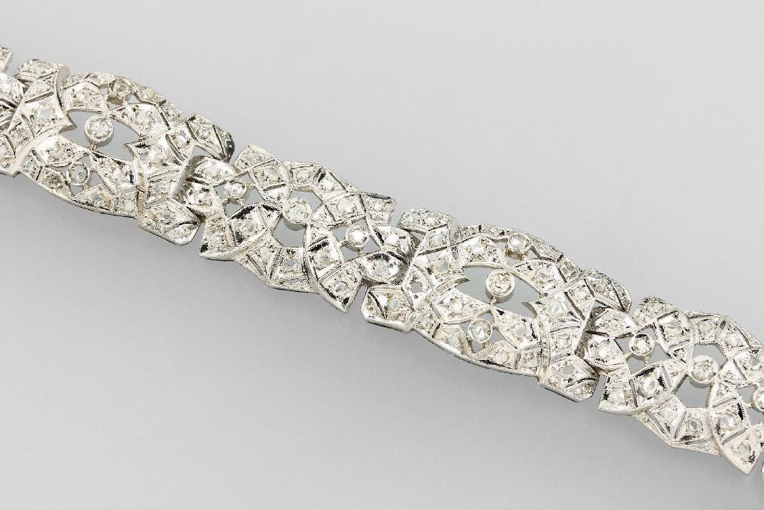Platinum Art-Deco bracelet with diamonds