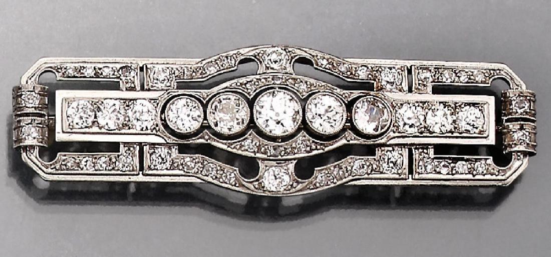 Platinum Art-Deco brooch with diamonds
