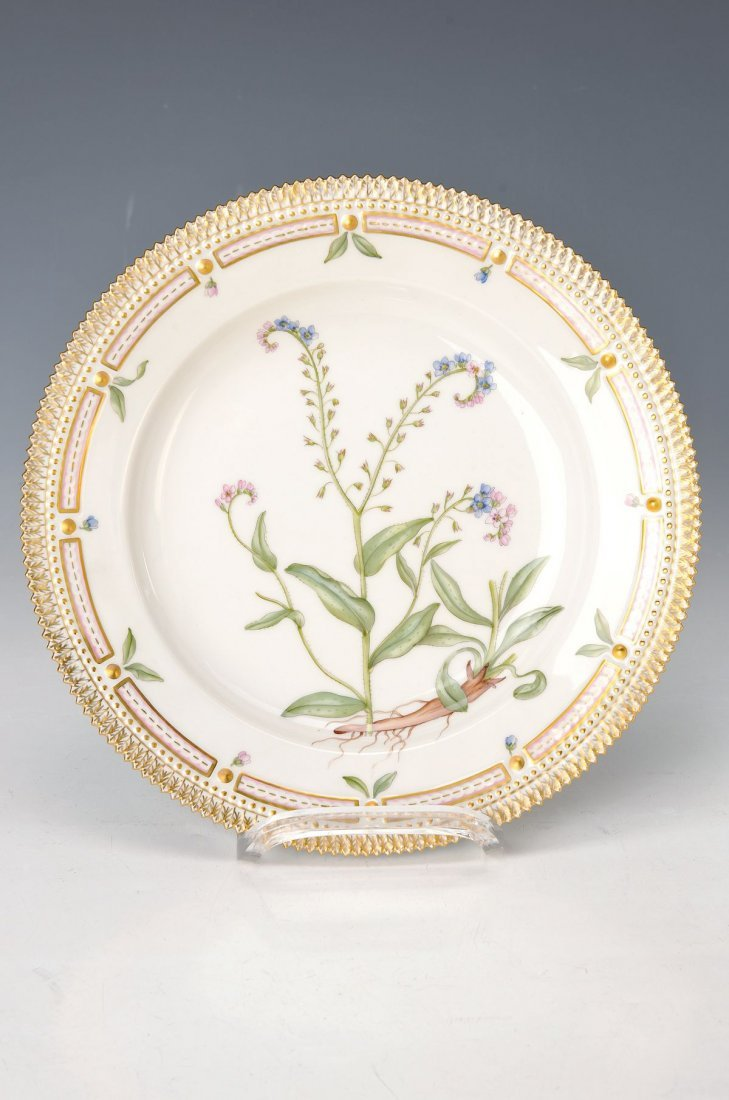 plate, Royal Copenhagen, edition Flora Danica,Myosotis
