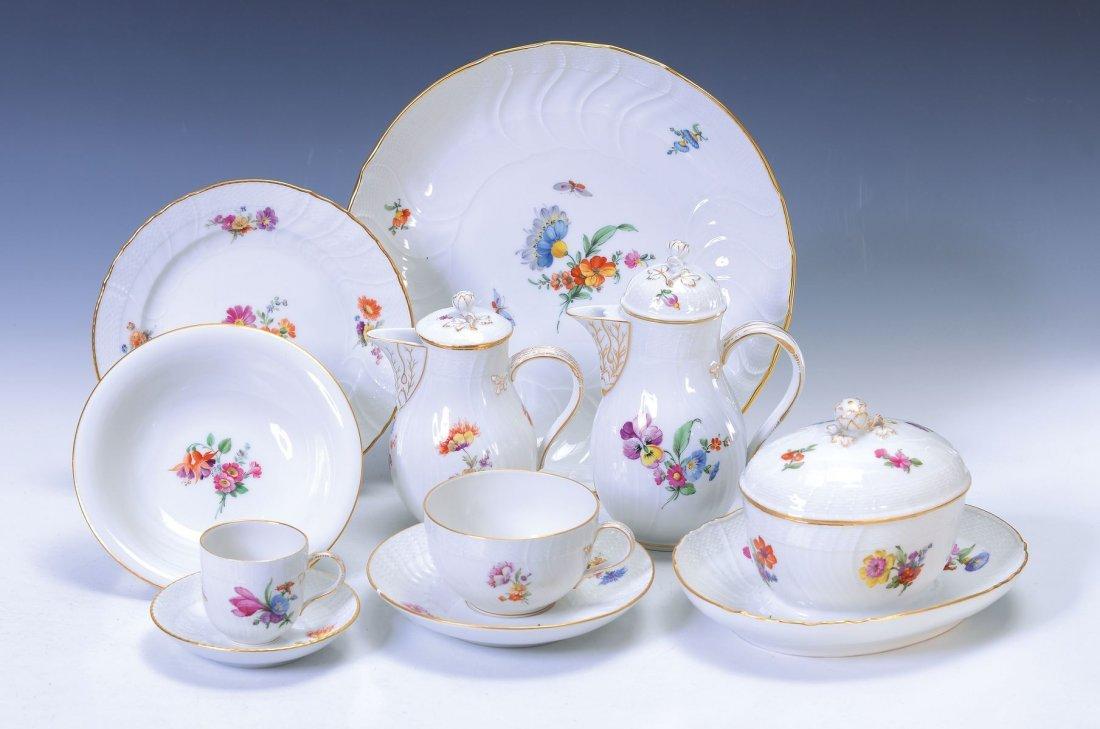 Mocha- and tea set, KPM Berlin, Neu Ozier, 7 demitasses