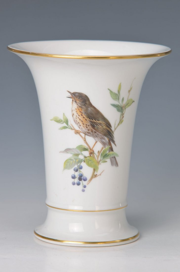 vase, Meissen, Middle of 20th c., bird painting