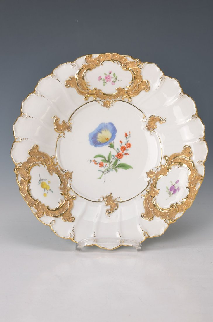 pompous bowl, Meissen, Middle of 20th c., flower 2