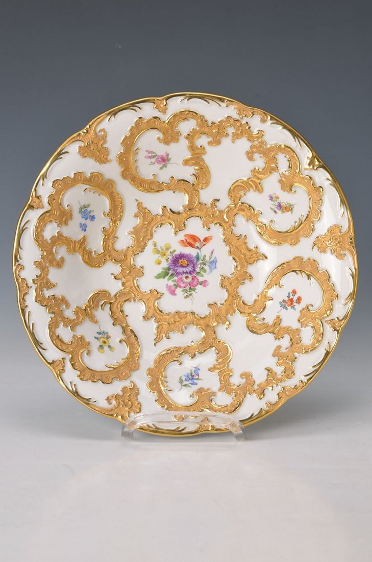 pompous bowl, Meissen, Middle of 20th c., matt- and