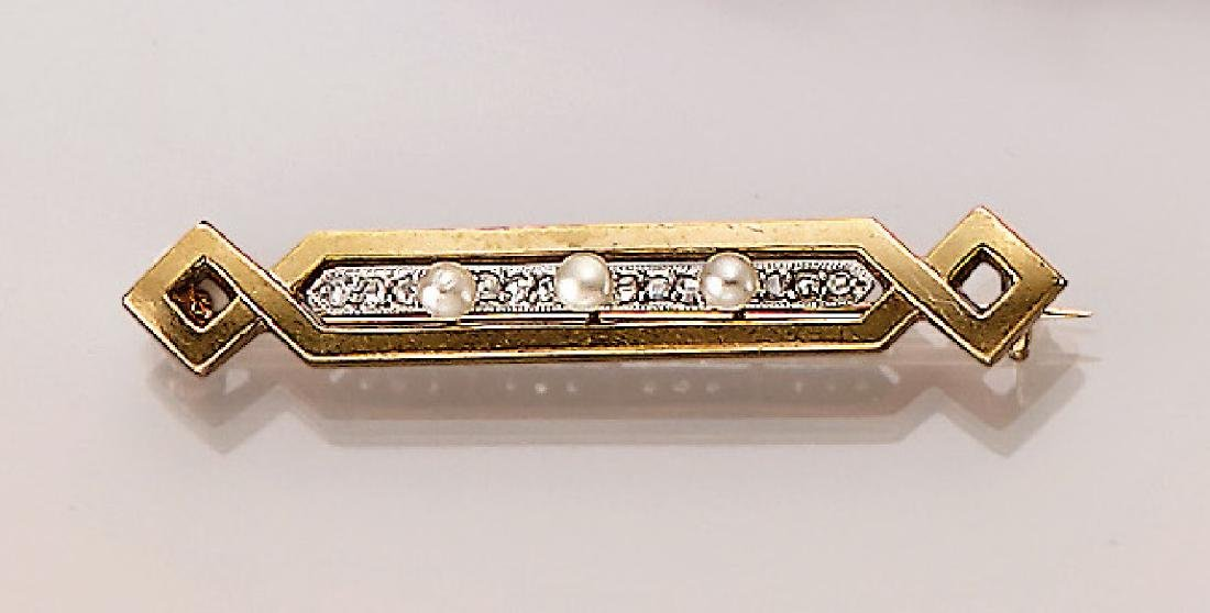 14 kt gold brooch with diamonds and pearls