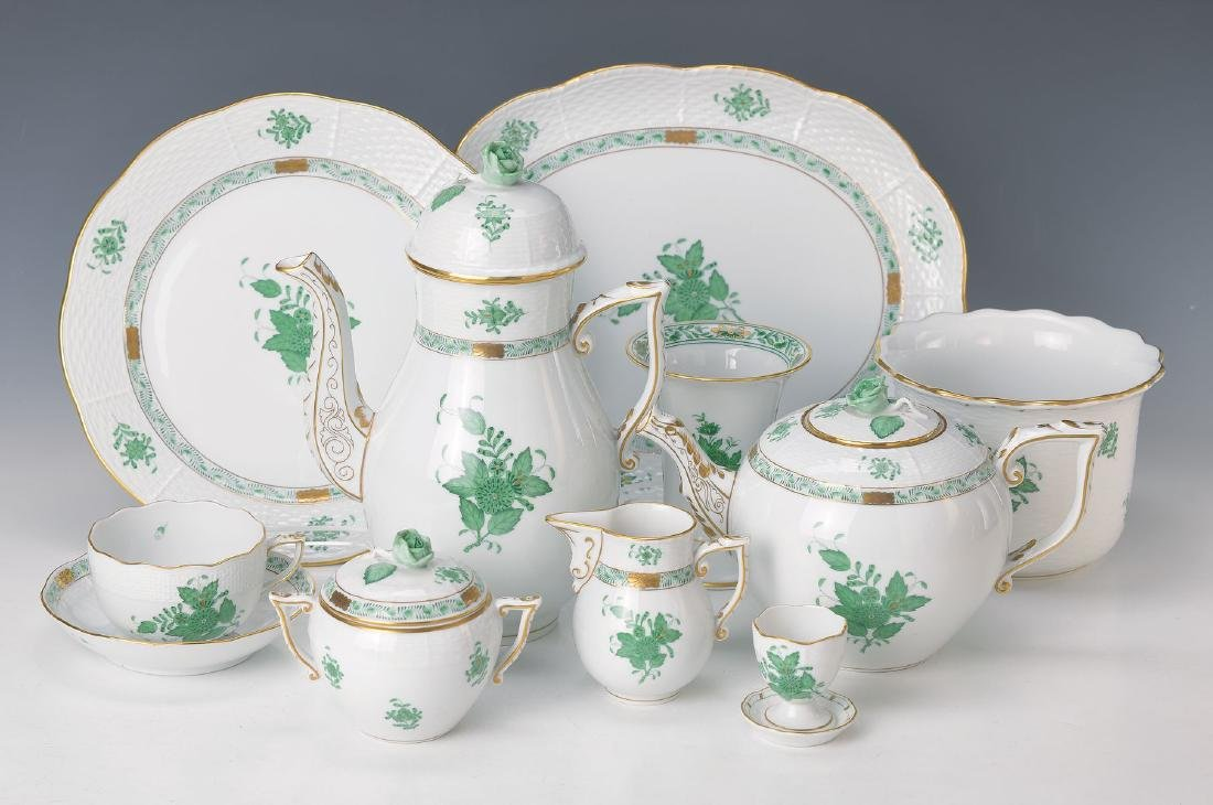 coffee- and Dinner set, Herend, decor Apponyi fleur