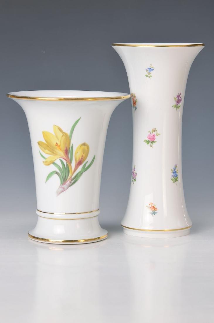 two vases, Meissen, flower I, cylinder vase, H. 19 cm