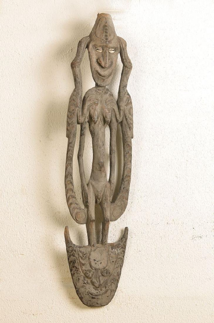 hook for one mens house, New Guinea, Middle