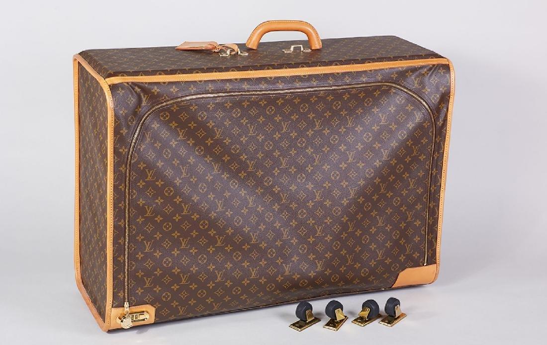 Big LOUIS VUITTON suitcase, Pullmann 80